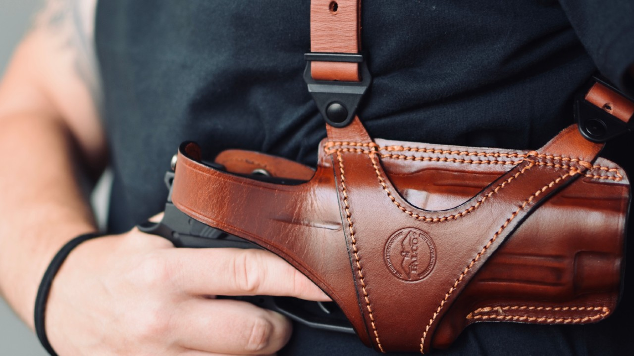 www.falcoholsters.com