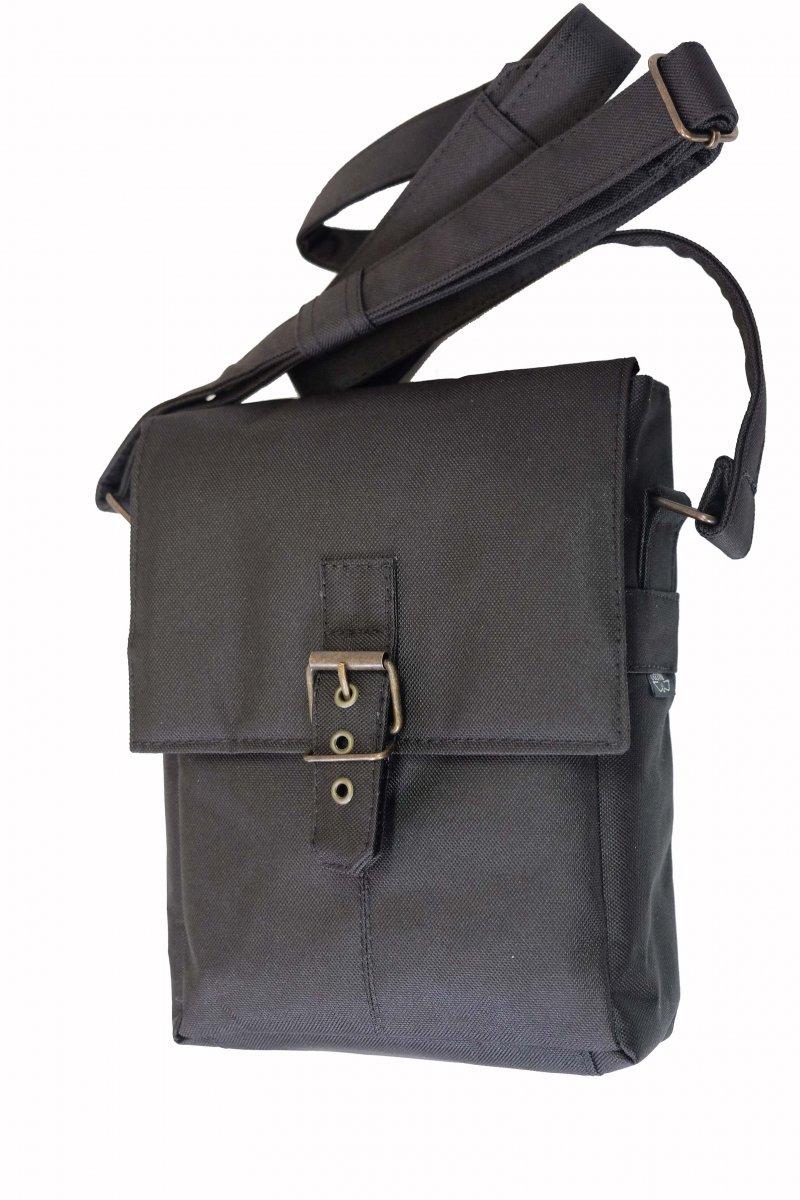 Elegant Shoulder Bag With Concealed Holster