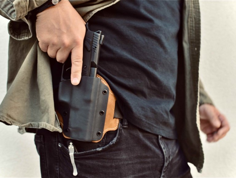 Everyday Gun Carry with Instructor Zero: CCW vs. Open Carry